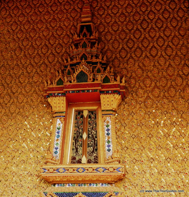 golden mosaic Bangkok temple